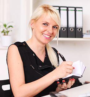 Büro-Assistenten arbeiten für Büro Jobs, Office Jobs, Arbeitsangebote, Stellen, Berufsangebote, Stellenangebote, Stellenanzeigen, Stellenausschreibungen, Vakanzen und sind am Arbeitsplatz, beim Beruf, bei der Arbeit, Arbeitsstelle, Beschäftigung als Bewerber, Anwärter, Kandidaten, Aspiranten, Angestellter, Arbeitnehmer, Berufstätiger, Mitarbeiter und Interessenten
