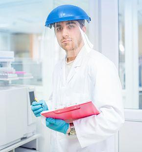 Chemie-Ingenieure arbeiten für Ingenieur Jobs, Ingenieurwesen Jobs, Arbeitsangebote, Stellen, Berufsangebote, Stellenangebote, Stellenanzeigen, Stellenausschreibungen, Vakanzen und sind am Arbeitsplatz, beim Beruf, bei der Arbeit, Arbeitsstelle, Beschäftigung als Bewerber, Anwärter, Kandidaten, Aspiranten, Angestellter, Arbeitnehmer, Berufstätiger, Mitarbeiter und Interessenten beschäftigt