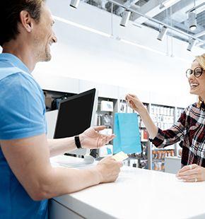 Verkaufspersonal, Einzelhandelspersonal, Vertriebspersonal und Servicepersonal wie Dekorateure, Inventurhelfer, Kassenmitarbeiter, Lieferfahrer, Merchandiser, Mysteryshopper, Pop-up-Verkäufer, Rackjobber, Testkäufer, Verkaufsaushilfen, Verkäufer, Warenverräumer, Verkaufsprofis, Verkaufstalente, Textilverkäufer, Bäckereiverkäufer, Elektronikverkäufer, Fachverkäufer, Verkaufsberater, Verkaufsmanager, Vertriebsprofis, Verkaufsexperten, Verkaufsmitarbeiter, Vertriebler, Leiharbeiter, Zeitarbeiter, Leiharbeitnehmer, Leihkraft, Temporärarbeiter für den Einzelhandel, Kundenservice, Kundenbetreuung, Kundenbindung, Außenhandel, Außendienst, Vertrieb, Direktvertrieb, Vertriebsberatung, Verkaufsförderung, Absatzförderung, Verkaufsinnendienst, Verkaufsabteilung und Großhandel bei uns als Personalagentur, Zeitarbeitsfirma, Zeitarbeitsunternehmen, Personal-Service-Agentur, Personaldienstleistungsagentur und Leiharbeitsfirma per Arbeitnehmer-Leasing, Arbeitnehmerüberlassung, Arbeitskräfte-Leasing, Arbeitskräfteüberlassung, Arbeitskraftüberlassung, Leiharbeit, Mitarbeiter-Leasing, Mitarbeiterleasing, Mitarbeiterüberlassung, Personaldienstleistung, Personalleasing, Personalüberlassung, Temporärarbeit, Zeitarbeit buchen, mieten, leihen oder langfristig neue Mitarbeiter für Jobs wie Schülerjobs, Ferienjobs, Aushilfsjobs, Studentenjobs, Werkstudentenjobs, Saisonjobs, Vollzeit Jobs, Teilzeit Jobs, Nebenjobs, Temporär Jobs, Gelegenheitsjobs per Personalvermittlung suchen, finden und vermittelt bekommen