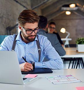 Webdesigner, Leiharbeiter, Zeitarbeiter, Leiharbeitnehmer, Leihkraft, Temporärarbeiter arbeiten für IT Jobs, Technik Jobs, Arbeitsangebote, Stellen, Berufsangebote, Stellenangebote, Stellenanzeigen, Stellenausschreibungen, Vakanzen und sind am Arbeitsplatz, beim Beruf, bei der Arbeit, Arbeitsstelle, Beschäftigung als Bewerber, Anwärter, Kandidaten, Aspiranten, Angestellter, Arbeitnehmer, Berufstätiger, Mitarbeiter und Interessenten beschäftigt bei uns als Personalagentur, Zeitarbeitsfirma, Zeitarbeitsunternehmen, Personal-Service-Agentur, Personaldienstleistungsagentur und Leiharbeitsfirma per Arbeitnehmer-Leasing, Arbeitnehmerüberlassung, Arbeitskräfte-Leasing, Arbeitskräfteüberlassung, Arbeitskraftüberlassung, Leiharbeit, Mitarbeiter-Leasing, Mitarbeiterleasing, Mitarbeiterüberlassung, Personaldienstleistung, Personalleasing, Personalüberlassung, Temporärarbeit, Zeitarbeit buchen, mieten, leihen oder langfristig neue Mitarbeiter für Jobs wie Schülerjobs, Ferienjobs, Aushilfsjobs, Studentenjobs, Werkstudentenjobs, Saisonjobs, Vollzeit Jobs, Teilzeit Jobs, Nebenjobs, Temporär Jobs, Gelegenheitsjobs per Personalvermittlung suchen, finden und vermittelt bekommen und arbeiten für Hotel Jobs, Arbeitsangebote, Stellen, Berufsangebote, Stellenangebote, Stellenanzeigen, Stellenausschreibungen, Vakanzen und sind am Arbeitsplatz, beim Beruf, bei der Arbeit, Arbeitsstelle, Beschäftigung als Bewerber, Anwärter, Kandidaten, Aspiranten, Angestellter, Arbeitnehmer, Berufstätiger, Mitarbeiter und Interessenten beschäftigt