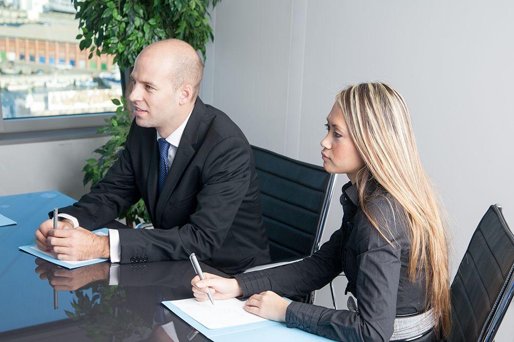 Dolmetscher und Übersetzer per Zeitarbeit, Personalüberlassung und Personalvermittlung für Büros, Büroarbeit, Urlaubsvertretung und Rekrutierung buchen, leihen, mieten und finden