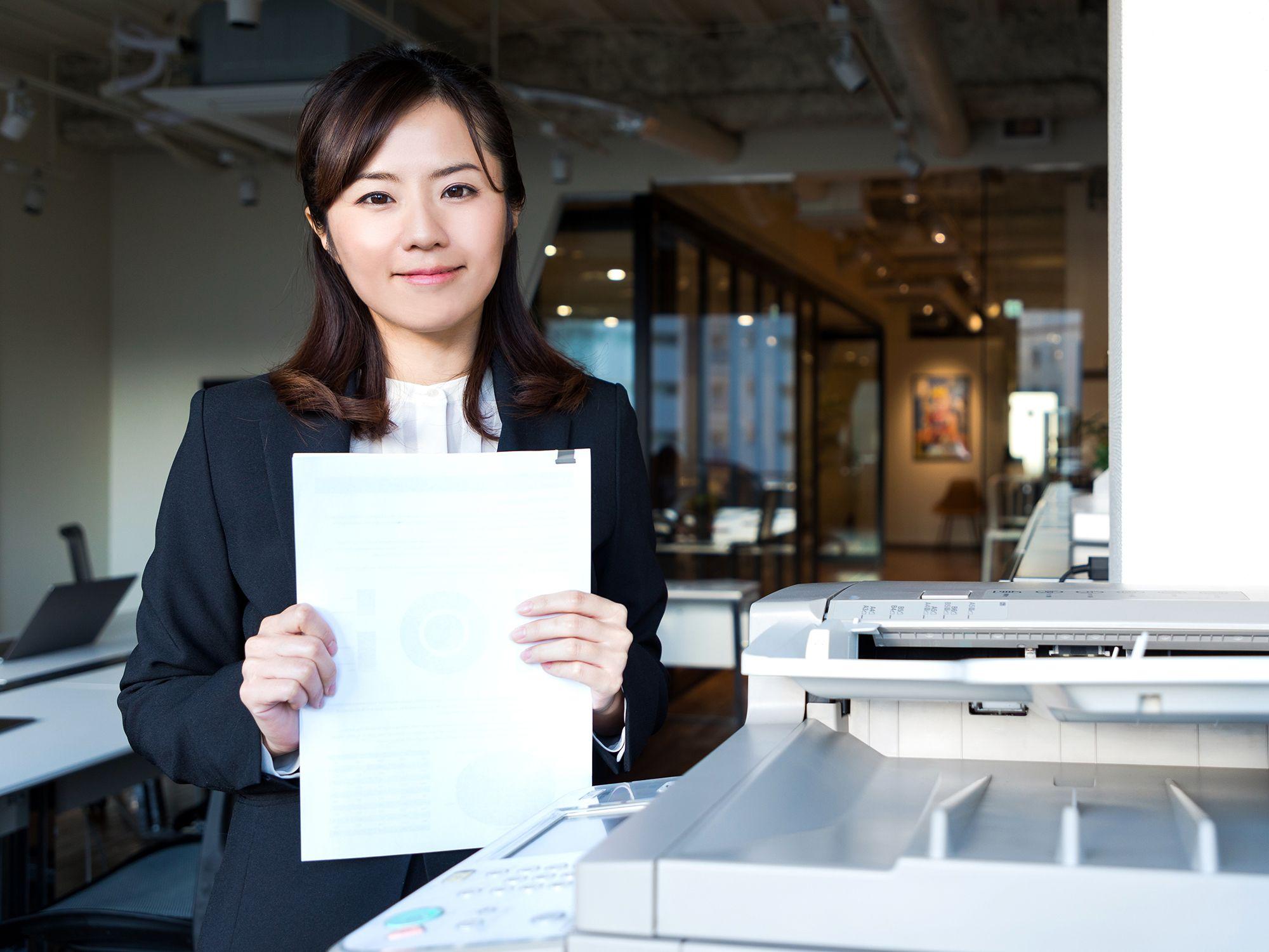 Level 4 - Bürohelfer wie Büroaushilfen, Bürohilfen, Bürohilfskraft, Bürofachkraft und Bürokraft für Büros, Büroarbeit, Büroaufgaben, Bürotätigkeiten, Büroorganisation, Urlaubsvertretung und Rekrutierung per Zeitarbeit, Arbeitnehmerüberlassung, Personalüberlassung oder Personalvermittlung finden und buchen