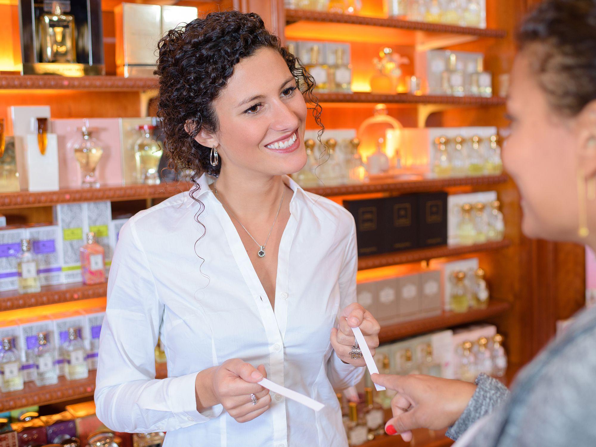 Level 5 - Verkäufer wie Verkaufsprofis, Verkaufstalente, Textilverkäufer, Bäckereiverkäufer, Elektronikverkäufer, Fachverkäufer, Verkaufsberater, Verkaufsmanager, Verkauf Aushilfen, Vertriebsprofis, Verkaufsexperten, Verkaufsmitarbeiter und Vertriebler zwecks direkter Personalvermittlung oder Zeitarbeit per Arbeitnehmerüberlassung und Personalüberlassung für den Einzelhandel, Kundenservice, Kundenbetreuung, Kundenbindung, Außenhandel, Außendienst, Vertrieb, Direktvertrieb, Vertriebsberatung, Verkaufsförderung, Absatzförderung, Verkaufsinnendienst, Verkaufsabteilung und Großhandel finden und buchen