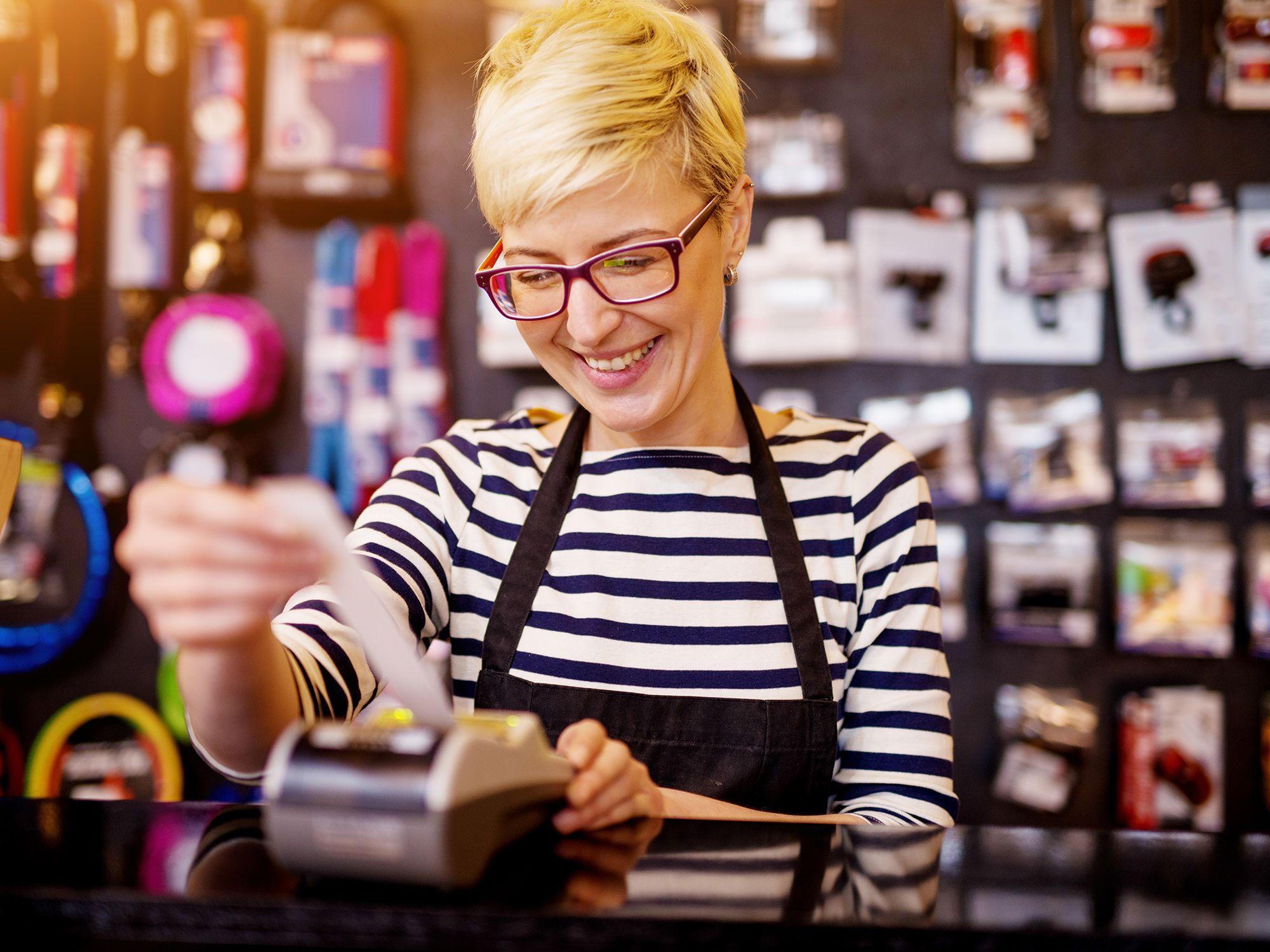 Level 4 - Kassenmitarbeiter wie Kassierer, Kassiererinnen, Kassenaufsicht, Kassenaushilfen, Kassenpersonal, Kassenhilfen, Kassenhelfer, Kassenverwalter und Kassenangestellte zwecks direkter Personalvermittlung oder Zeitarbeit per Arbeitnehmerüberlassung und Personalüberlassung für den Einzelhandel, Kundenservice, Kassenbetrieb, Vertrieb, Direktvertrieb, Vertriebsberatung, Verkaufsinnendienst, Verkaufsabteilung und Großhandel finden und buchen