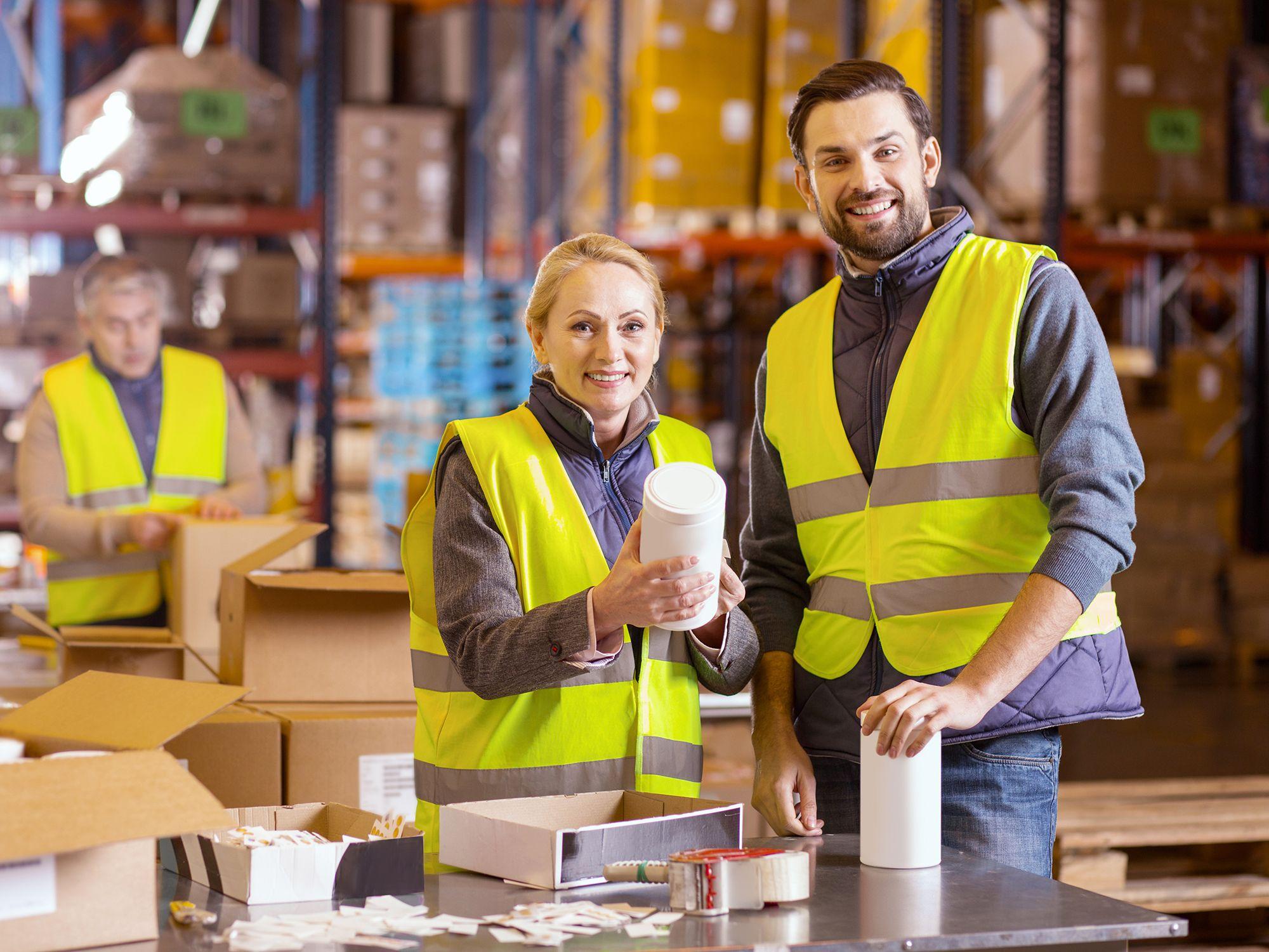 Level 3 - Lagerhelfer, Lageraushilfen, Aushilfen, Helfer, Elektrohelfer, Fachhelfer, Hilfsarbeiter, Inventurhelfer, Kommissionierer, Lagerarbeiter, Lagerfacharbeiter, Lagerhilfen, Lageristen, Lagermitarbeiter, Maschinenbediener, Produktionshelfer, Produktionsmitarbeiter, Schlosserhelfer, Verpacker, Versandmitarbeiter, Leiharbeiter, Zeitarbeiter, Leiharbeitnehmer, Leihkraft, Temporärarbeiter für Lager, Spedition, Logistik, Logistikzentrum, Ladung, Luftfracht, Transportunternehmen, Speditionsversand, Lagerlogistik, Fuhrunternehmen, Materialfluss, Distributionslogistik, Fracht, Sperrgut, Transport, Expressdienst, Transportdienst, Warentransport, Speditionsfirmen, Speditionsunternehmen, Transportwesen, Seefracht, Lagerhallen und Lagerarbeit bei uns als Personalagentur, Zeitarbeitsfirma, Zeitarbeitsunternehmen, Personal-Service-Agentur, Personaldienstleistungsagentur und Leiharbeitsfirma per Arbeitnehmer-Leasing, Arbeitnehmerüberlassung, Arbeitskräfte-Leasing, Arbeitskräfteüberlassung, Arbeitskraftüberlassung, Leiharbeit, Mitarbeiter-Leasing, Mitarbeiterleasing, Mitarbeiterüberlassung, Personaldienstleistung, Personalleasing, Personalüberlassung, Temporärarbeit, Zeitarbeit buchen, mieten, leihen oder langfristig neue Mitarbeiter für Jobs wie Lagerjobs, Lager Jobs, Schülerjobs, Ferienjobs, Aushilfsjobs, Studentenjobs, Werkstudentenjobs, Saisonjobs, Vollzeit Jobs, Teilzeit Jobs, Nebenjobs, Temporär Jobs, Gelegenheitsjobs per Personalvermittlung suchen, finden und vermittelt bekommen.