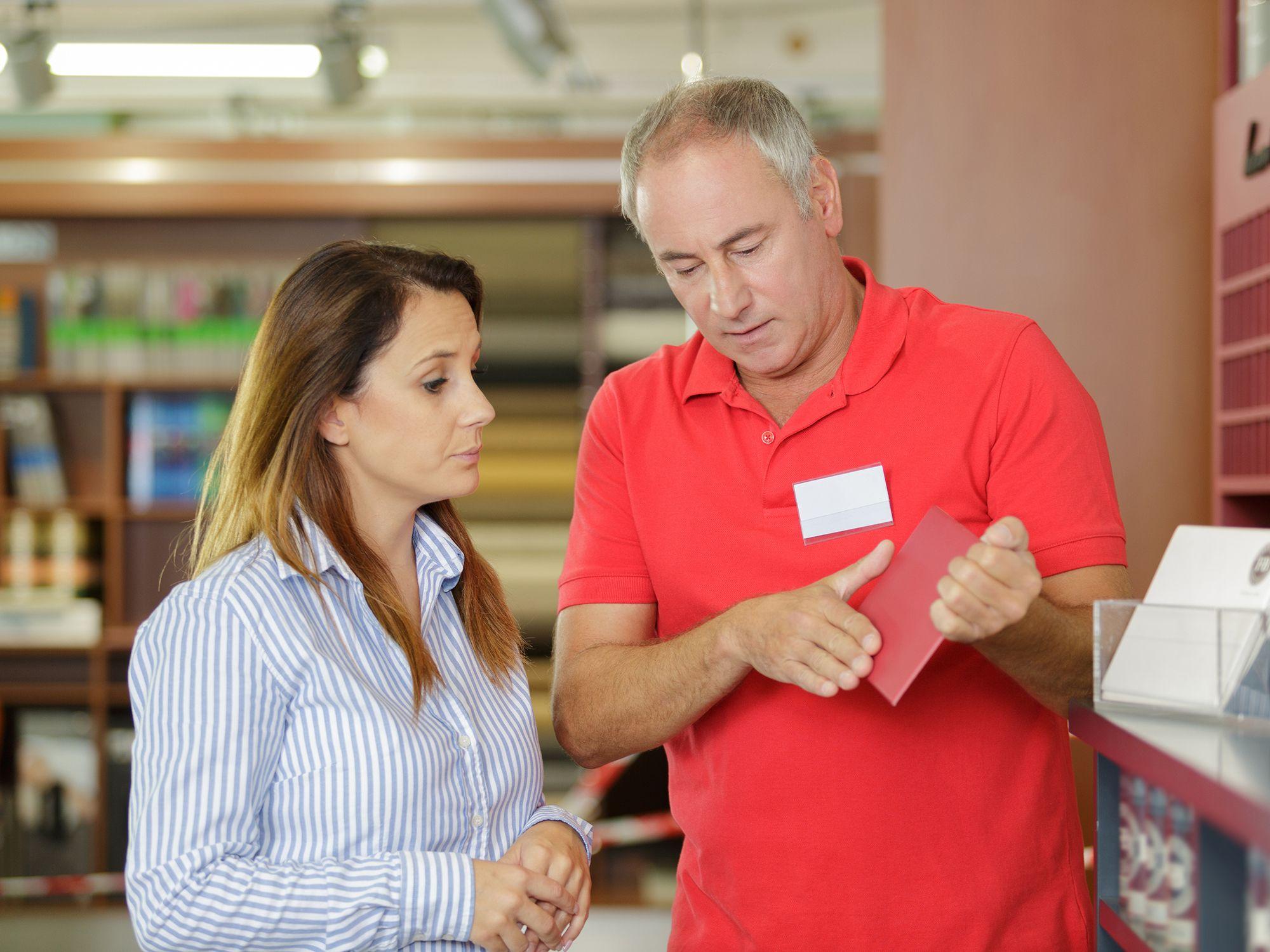 Level 6 - Merchandiser, Gestalter, Warenplatzierer, Warenpräsentierer, Verkaufsförderer, Visual Merchandiser, Inszenierer, Leiharbeiter, Zeitarbeiter, Leiharbeitnehmer, Leihkraft, Temporärarbeiter für den Einzelhandel, Kundenservice, Kundenbetreuung, Kundenbindung, Außenhandel, Warenpräsentation, Außendienst, Vertrieb, Direktvertrieb, Vertriebsberatung, Verkaufsförderung, Absatzförderung, Verkaufsinnendienst, Verkaufsabteilung, Merchandising und Großhandel bei uns als Personalagentur, Zeitarbeitsfirma, Zeitarbeitsunternehmen, Personal-Service-Agentur, Personaldienstleistungsagentur und Leiharbeitsfirma per Arbeitnehmer-Leasing, Arbeitnehmerüberlassung, Arbeitskräfte-Leasing, Arbeitskräfteüberlassung, Arbeitskraftüberlassung, Leiharbeit, Mitarbeiter-Leasing, Mitarbeiterleasing, Mitarbeiterüberlassung, Personaldienstleistung, Personalleasing, Personalüberlassung, Temporärarbeit, Zeitarbeit buchen, mieten, leihen oder langfristig neue Mitarbeiter für Jobs wie Schülerjobs, Ferienjobs, Aushilfsjobs, Studentenjobs, Werkstudentenjobs, Saisonjobs, Vollzeit Jobs, Teilzeit Jobs, Nebenjobs, Temporär Jobs, Gelegenheitsjobs per Personalvermittlung suchen, finden und vermittelt bekommen.