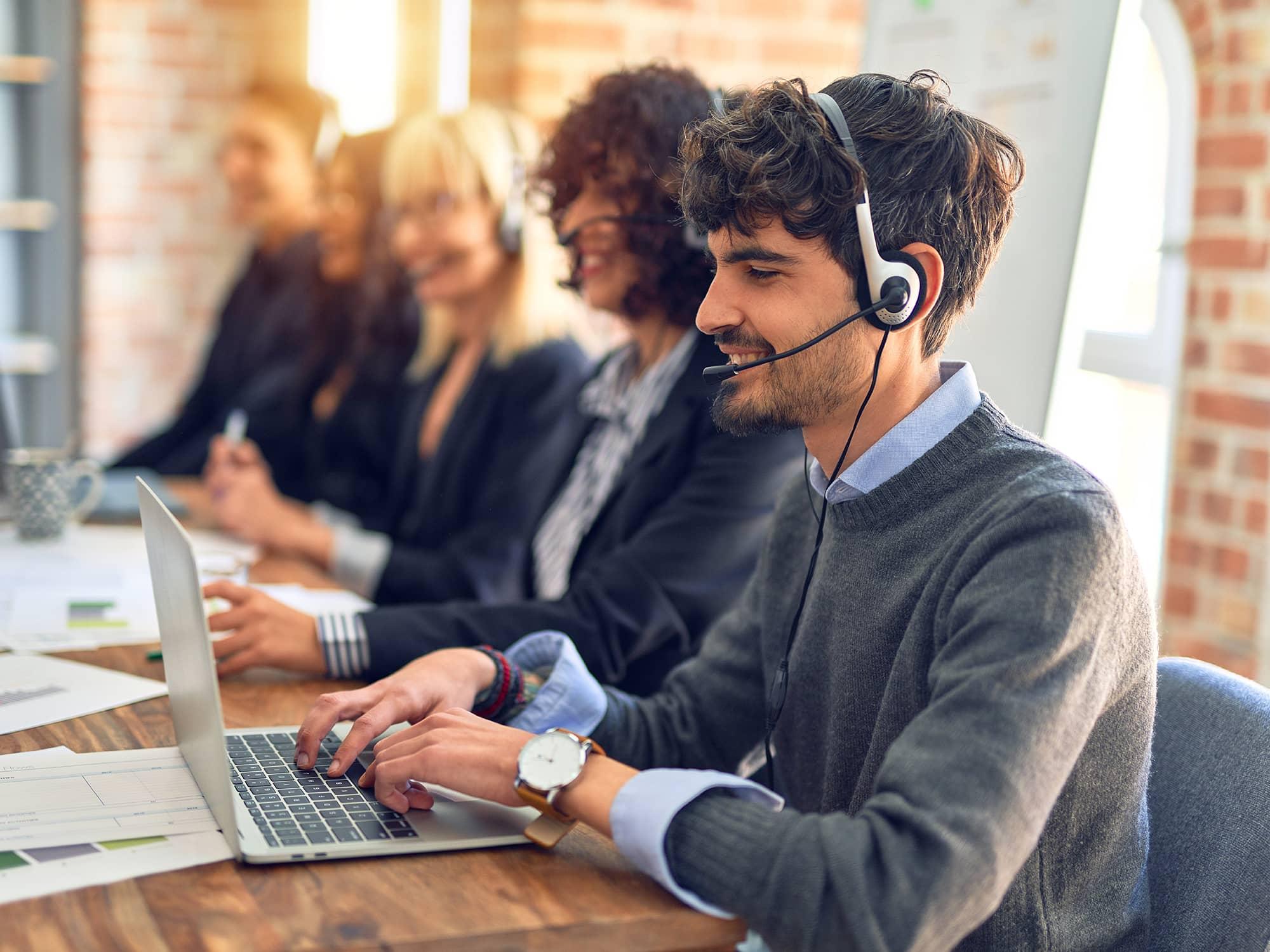Callcenter Kundenservicekraft buchen